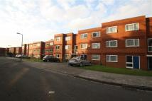 2 bedroom Flat to rent in Elliott Close, Wembley...