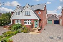 3 bed semi detached house in Barrington Way...