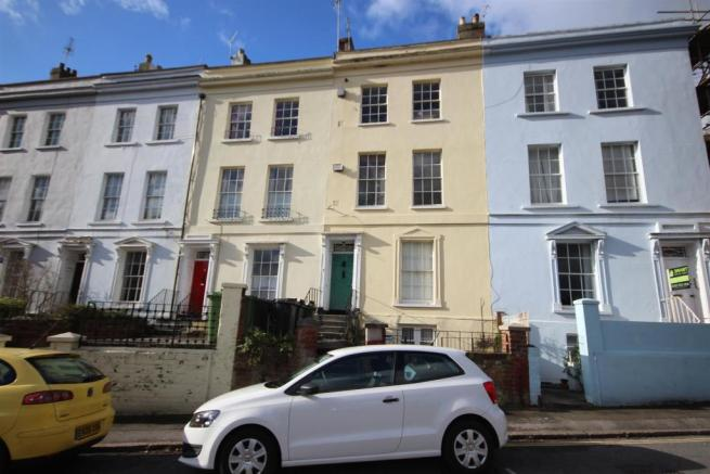 1 bedroom ground floor flat for sale in lansdowne terrace for Terrace exeter