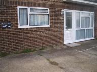 1 bed Ground Flat in Fort Road, Newhaven, BN9