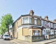 Flat for sale in Grosvenor Road...