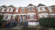 3 bed Flat in LYNDHURST ROAD, HARINGEY