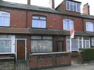 3 bedroom property to rent in Cross Flatts Crescent...