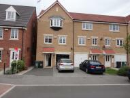 4 bedroom Town House in Dunlop Avenue, Leeds