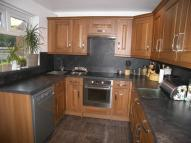 2 bedroom house in Forest Bank, Gildersome...