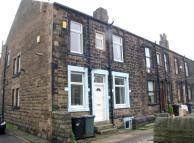 2 bed house to rent in Worrall Street, Morley...