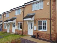 2 bed Town House to rent in Cornstone Fold, Leeds...