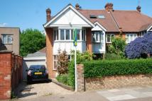 house to rent in Brondesbury Park...