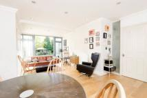 2 bedroom Flat for sale in The Avenue, Brondesbury...