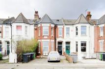 3 bedroom Flat in Winchester Avenue...
