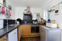 2 bed house in Old Oak Lane...