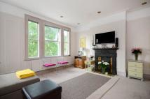 Flat to rent in Carlisle Road...
