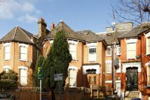 2 bedroom Flat to rent in Christchurch Avenue...