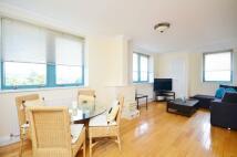 Flat to rent in Jubilee Heights, Kilburn...