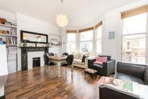 2 bedroom Flat in Bathurst Gardens...