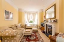 5 bed Terraced home in Plympton Road...