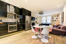 Flat to rent in Brondesbury Road...
