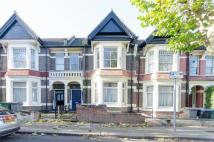 2 bedroom Flat to rent in Springwell Avenue...