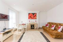 2 bedroom Flat to rent in Cecil Road, Harlesden...