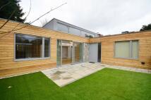 2 bedroom property in Henley Road, Kensal Rise...