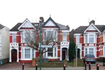 2 bed Maisonette to rent in Sellons Avenue...