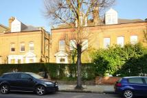 Flat to rent in Brondesbury Road...
