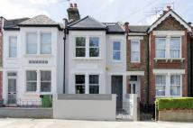 4 bed house in Harlesden Gardens...