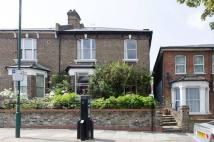 5 bedroom Flat to rent in Nicoll Road, Harlesden...