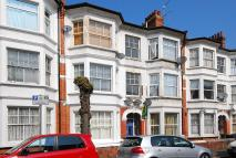 Studio flat to rent in Churchmead Road...