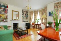 Flat to rent in Mora Road, Cricklewood...