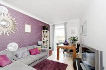 2 bedroom Flat to rent in Buchanan Gardens...