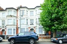 Flat to rent in Churchmead Road...
