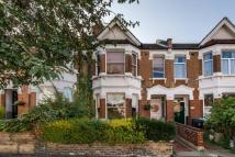 Flat to rent in Ridley Road...