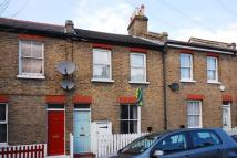 1 bedroom Flat to rent in Besley Street, Streatham...