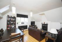2 bedroom Flat in Ambleside Avenue...