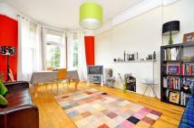 2 bed Maisonette in Palace Road, Tulse Hill...