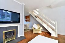 2 bed property to rent in De Montfort Road...
