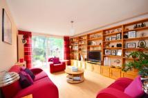 Maisonette to rent in Bushell Close, Streatham...
