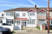 4 bedroom home in Hawkhurst Road...