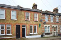 2 bed Flat in Leverson Street...