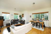 1 bed Flat in North Drive...