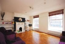 4 bedroom Flat in Broadlands Avenue...