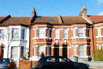 2 bed Flat in Pathfield Road...