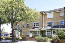 Maisonette to rent in Angles Road, Streatham...