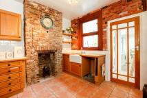 2 bed Maisonette in Westcote Road...