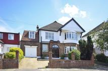 5 bedroom home in Springwell Road...