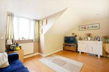 1 bedroom Flat in Lewin Road, Streatham...
