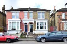 4 bedroom house in Thurlestone Road...