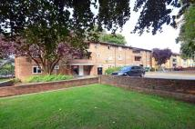 Flat to rent in Leigham Court Road...