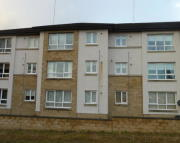 Flat to rent in Henderson Court...